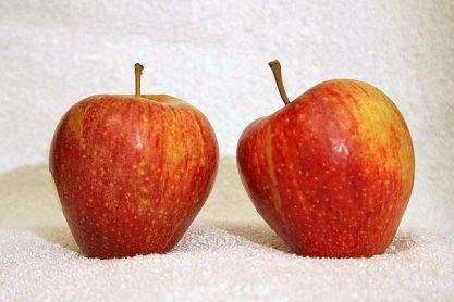 640px-Cameo_apple